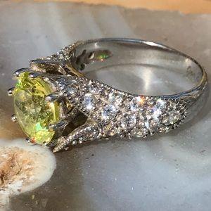 Like NEW Joe Esposito Peridot Diamonique Ring Sz 4